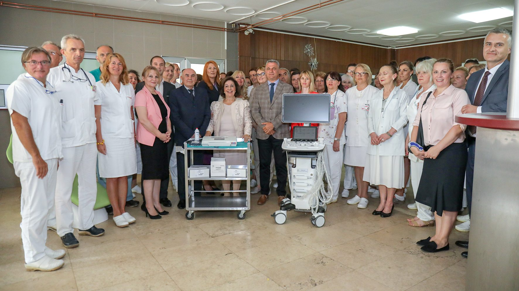 HRH CROWN PRINCESS KATHERINE DELIVERS MEDICAL EQUIPMENT WORTH 40,300 EUROS TO CACAK HOSPITAL